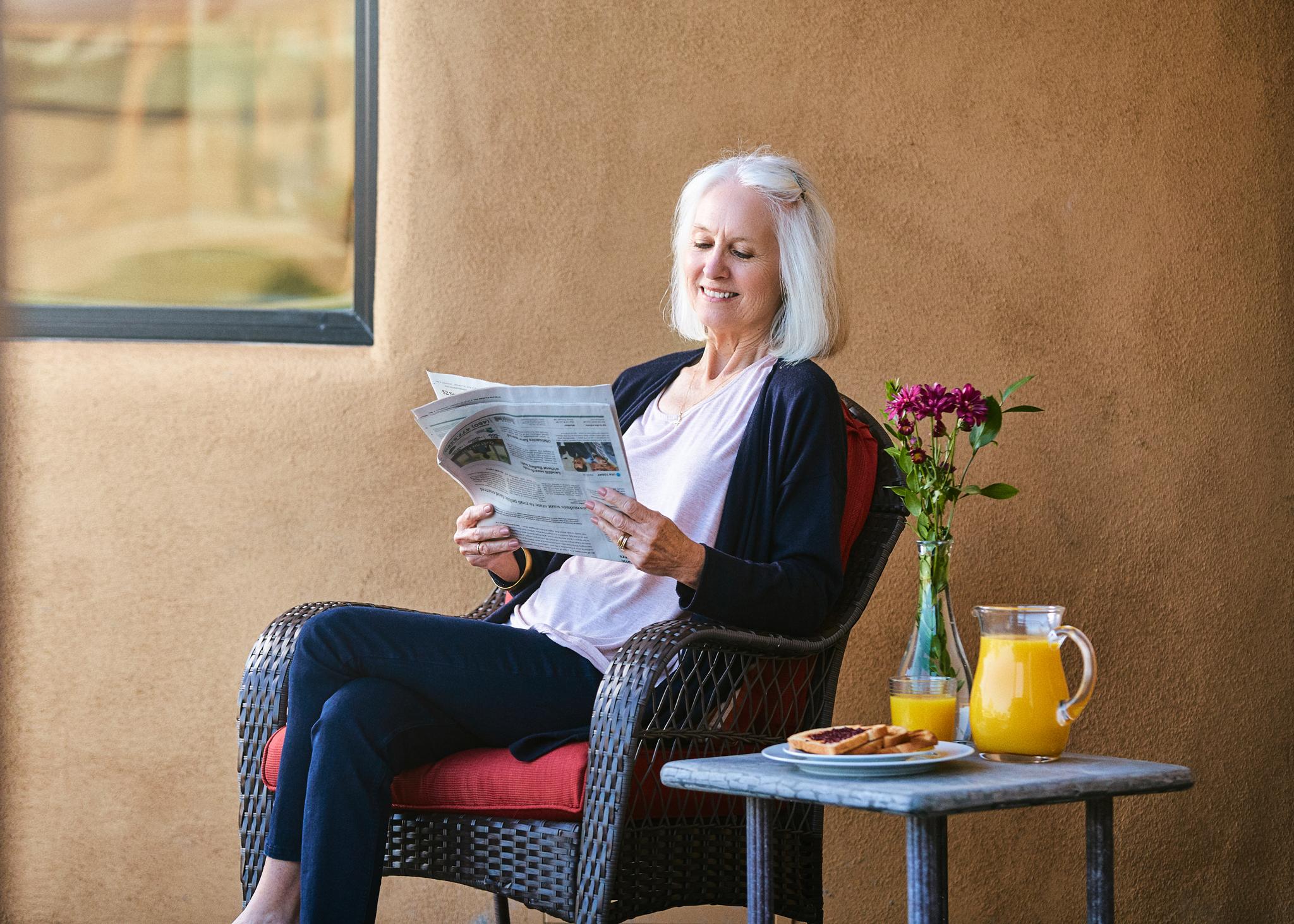 Commercial-Photographer-Brandon_Tigrett_Abellavida-lifestyle-breakfast-patio-1